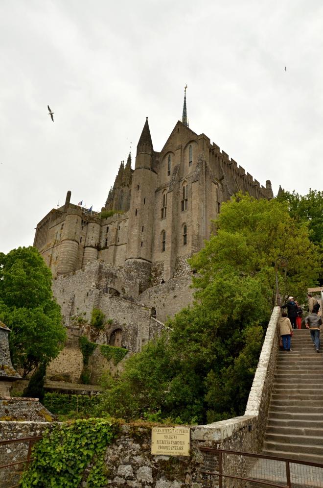 Le Mont Saint Michel je jedno z nejkrásnějších a nejnavštěvovanějších míst ve Francii, nacházející se mezi Bretaní a Normandií.